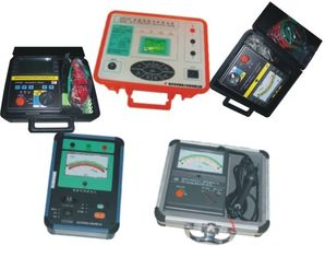 China LCD Display Megger Insulation Tester 500V DC 15V Megger Test Equipment 3KG Weight supplier